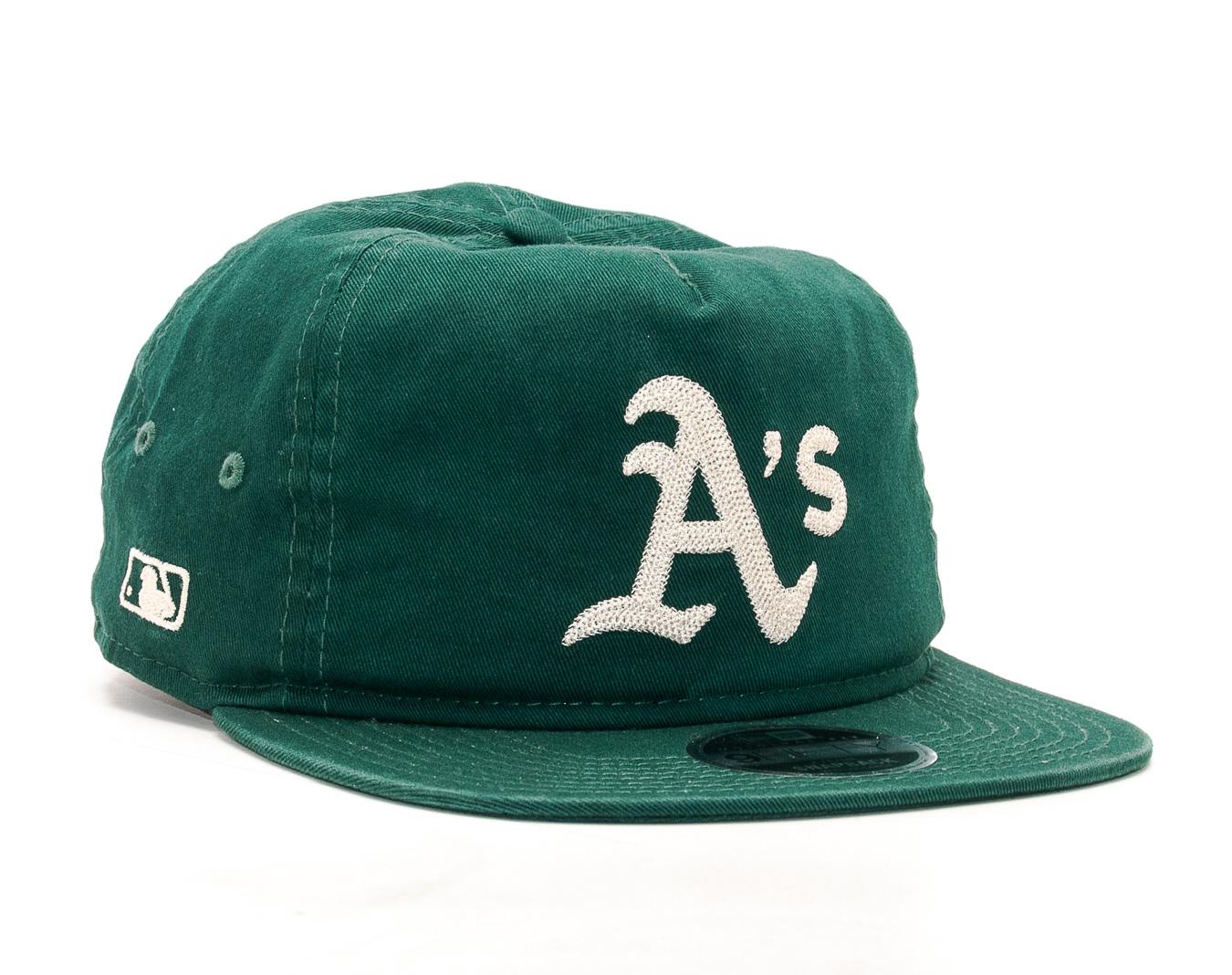 Kšiltovka New Era Chain Stitch Oakland Athletics 9FIFTY Dark Green  Snapback. Kšiltovka New ... be5f321ede09
