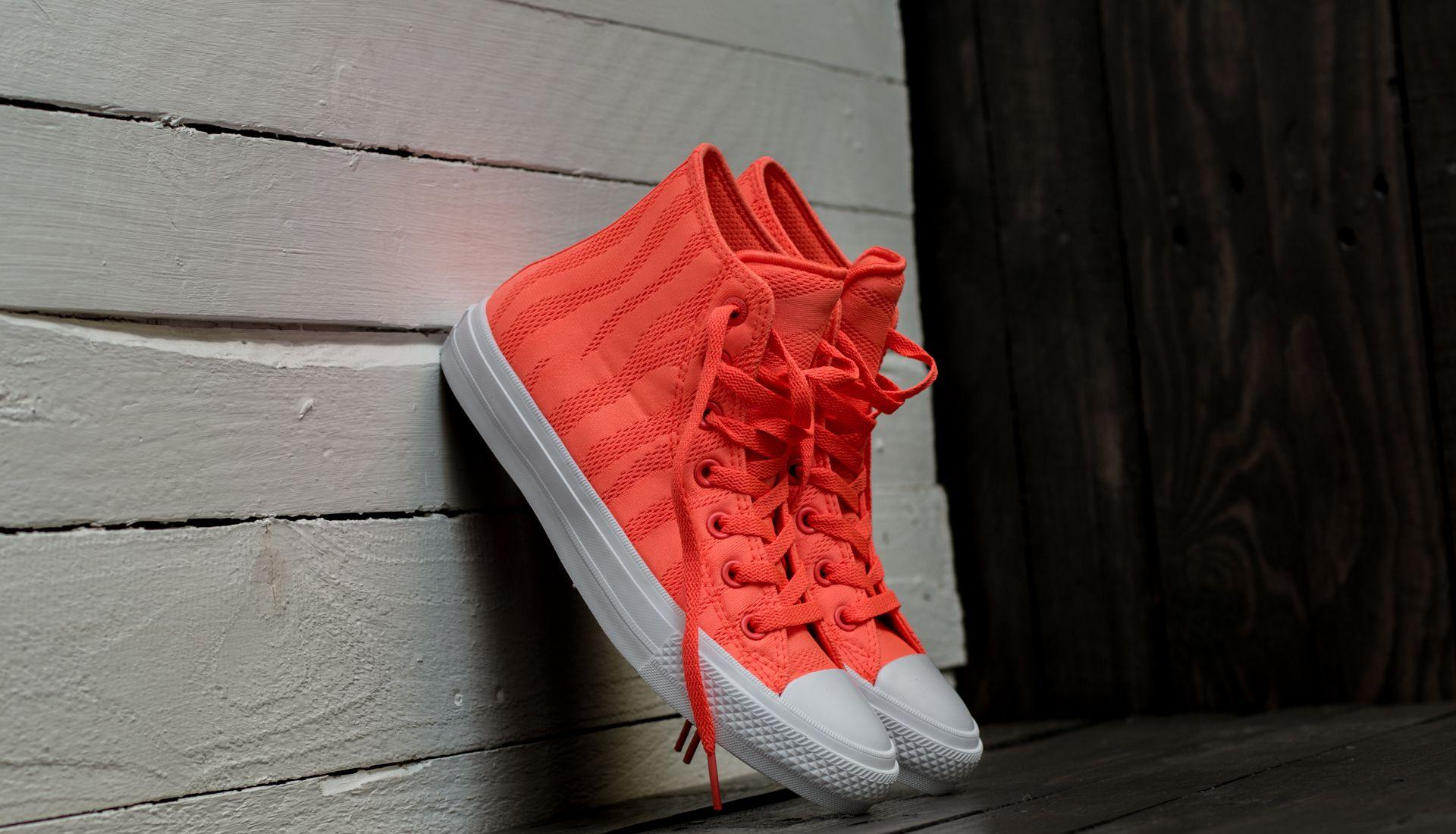 608a8683003 ... Chuck Taylor All Star II Hi Hyper Orange  White  Gum. -13%. Converse ...