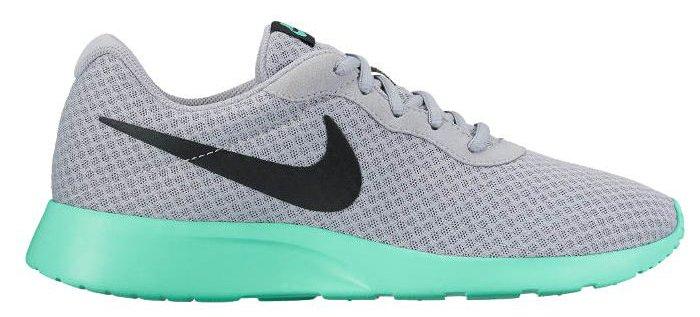 Obuv Nike TANJUN 812654-003 Veľkosť 42 16d6a01c80
