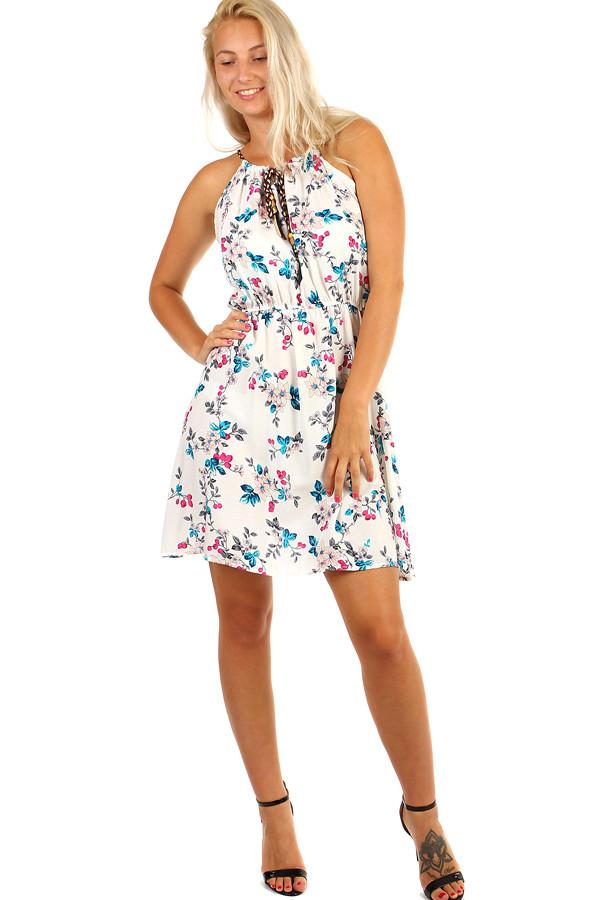 e499ec9069e1 Glara Letné krátke šaty s potlačou kvetov - Glami.sk