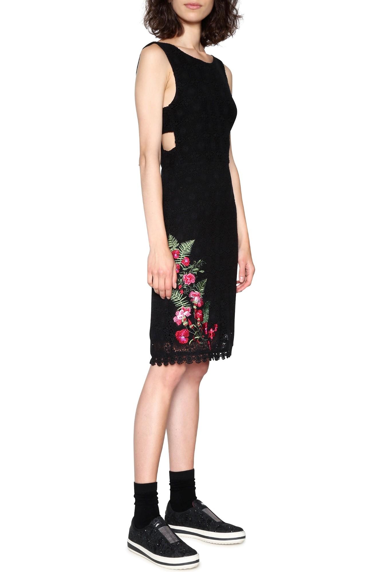 Desigual čierne čipkované šaty Julia - Glami.sk 097fb8dec6b