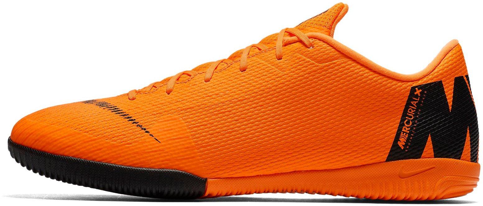 ebb652bb9a4 Sálovky Nike VAPORX 12 ACADEMY IC AH7383-810 - Glami.cz