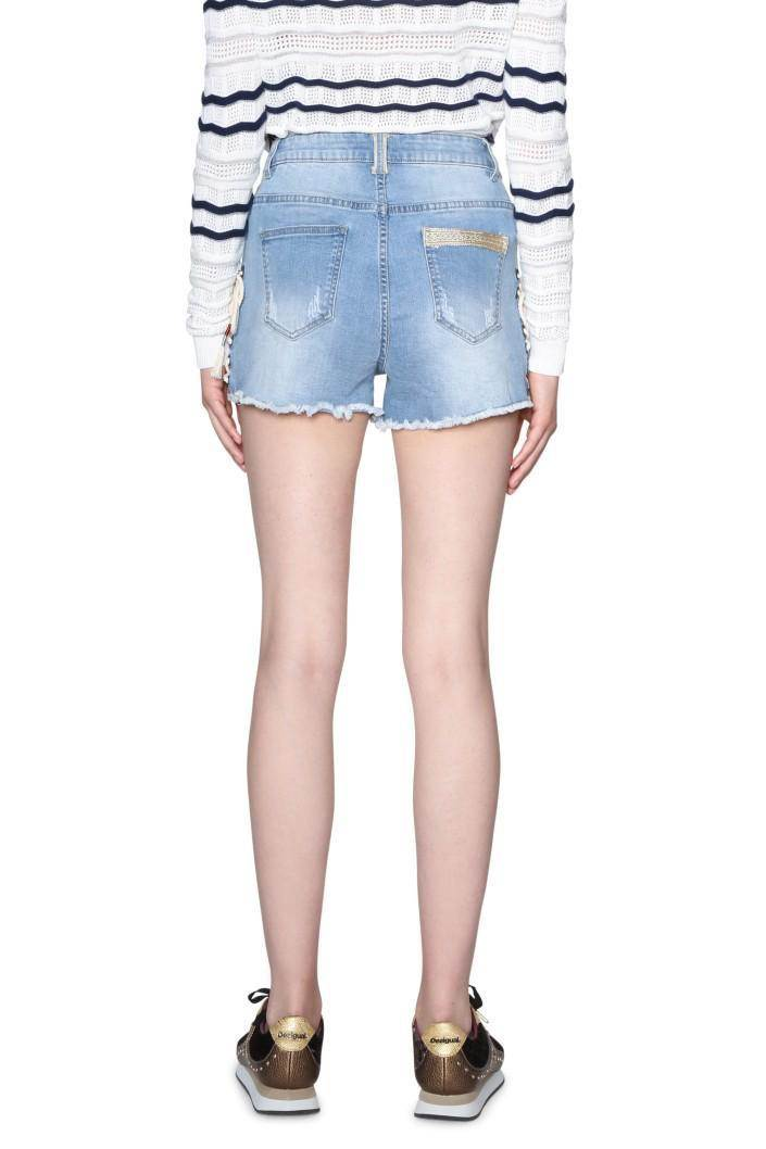 e7130ecdf8ab jeansy Desigual Magat denim medium light - Glami.cz