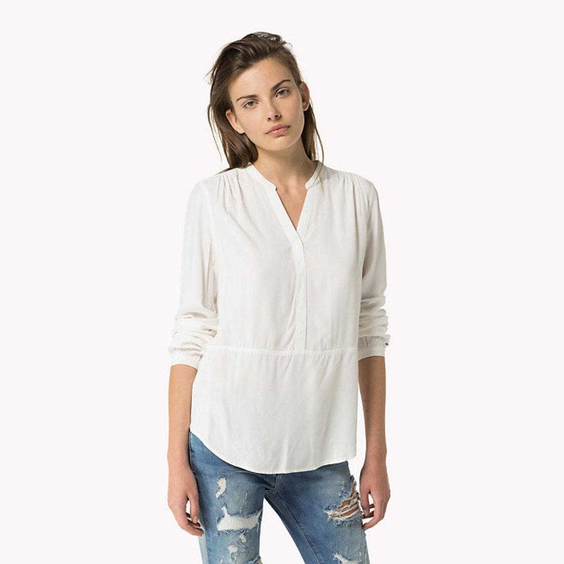 60a4662aab Tommy Hilfiger dámska biela blúzka Basic - Glami.sk