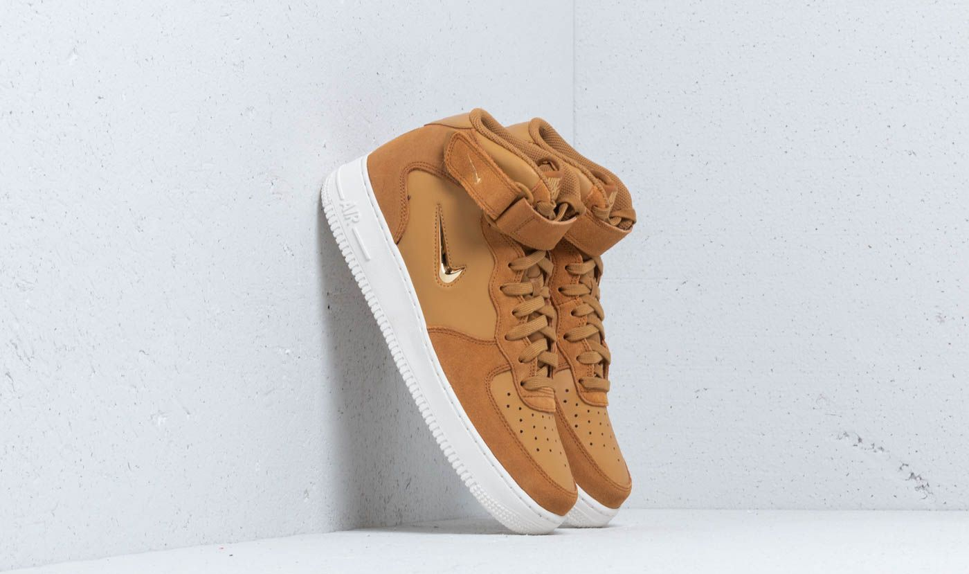 Nike Air Force 1 Mid  07 LV8 Muted Bronze  Metallic Gold - Glami.cz 8bb14a7add4