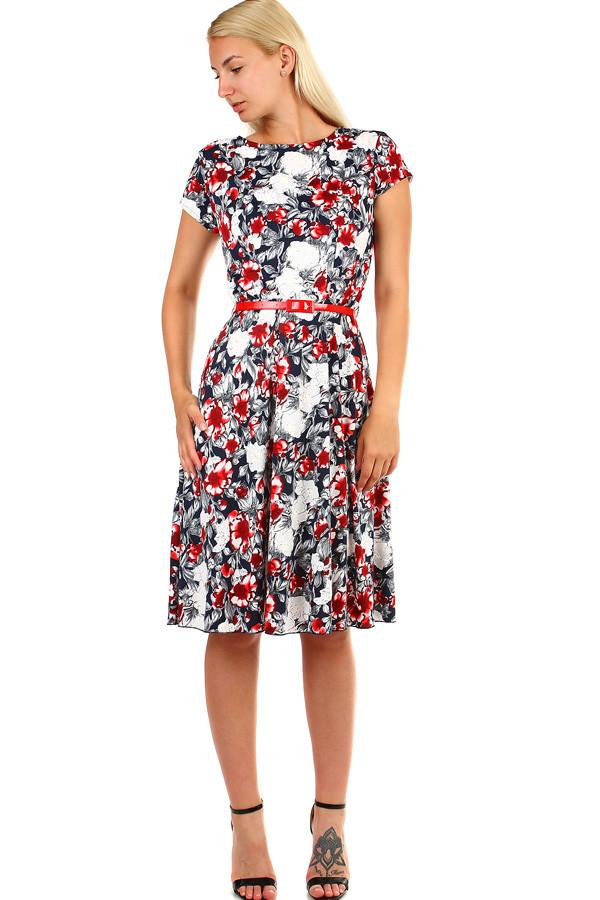 64ac3dda7d15 Glara Dámske kvetované retro šaty midi dĺžka - Glami.sk