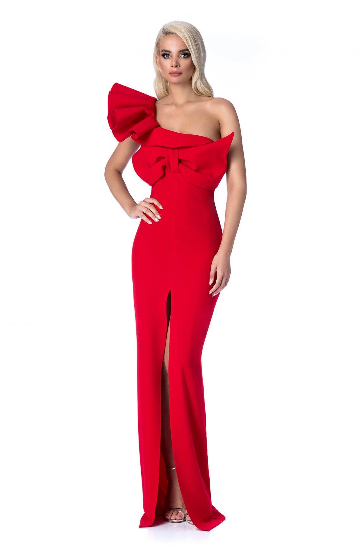 f2e2c585db Piros StarShinerS alkalmi hosszú szirén tipusú ruha szűk szabás fodros  masni díszítéssel. 1
