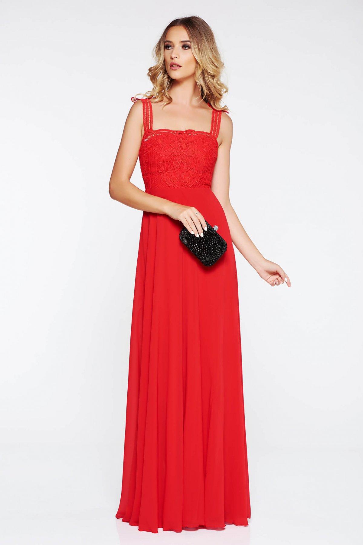 fbfb7e7362 StarShinerS Piros alkalmi ruha belső béléssel fátyol anyag horgolt csipke  felsőrész. 1
