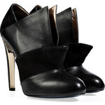 Vionnet Leather Ankle Boots in Black
