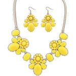 LightInTheBox Women's European and America Cute Clear Flowers Statement Necklace Hook Earrings Suit (More Colors) (1 set)