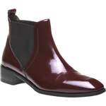 Baťa Hetherington - kožená lakovaná obuv ve stylu Chelsea