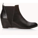 FOREVER21 All-Day Chelsea Wedge Boots