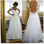 krajkované svatební šaty s otevřenými zády Julianna M