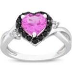 Stříbrný prsten ve tvaru srdce se safírem