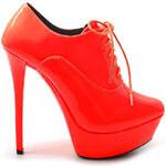 Půvabné oranžové kotníkové boty
