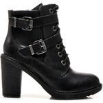 Černé kotníkové boty na podpatku s dvojitou přezkou