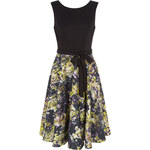 LA FEMME Černé šaty s květinovým vzorem Lea
