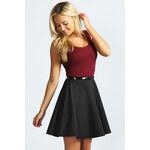 BOOHOO Vínovo-černé šaty Sallly