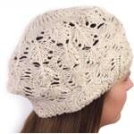 Pletený ažurový baret s flitry Barva: krémová