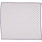 Bílý hedvábný šátek s modročervenými puntíky, A Piece of Chic