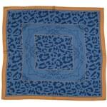 Modrý hedvábný šátek s motivem jaguára, A Piece of Chic