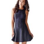 Guess Dámské šaty Rose Sleeveless Textured Dress S