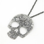 Lesara Halskette mit Anhänger in Totenkopf-Form