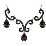 Bohemia Garnet Stříbrný granátový náhrdelník - 128 (rutheniovaný)