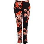 Černé květované kalhoty Vero Moda Bluredc
