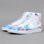 Nike WMNS Blazer Mid Print white / black (cherry blossom)