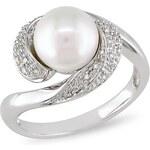 KLENOTA Prsten ze stříbra se sladkovodní perlou a diamanty