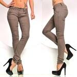 Módní hnědé džíny