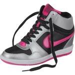 Nike Force Sky High Sneaker