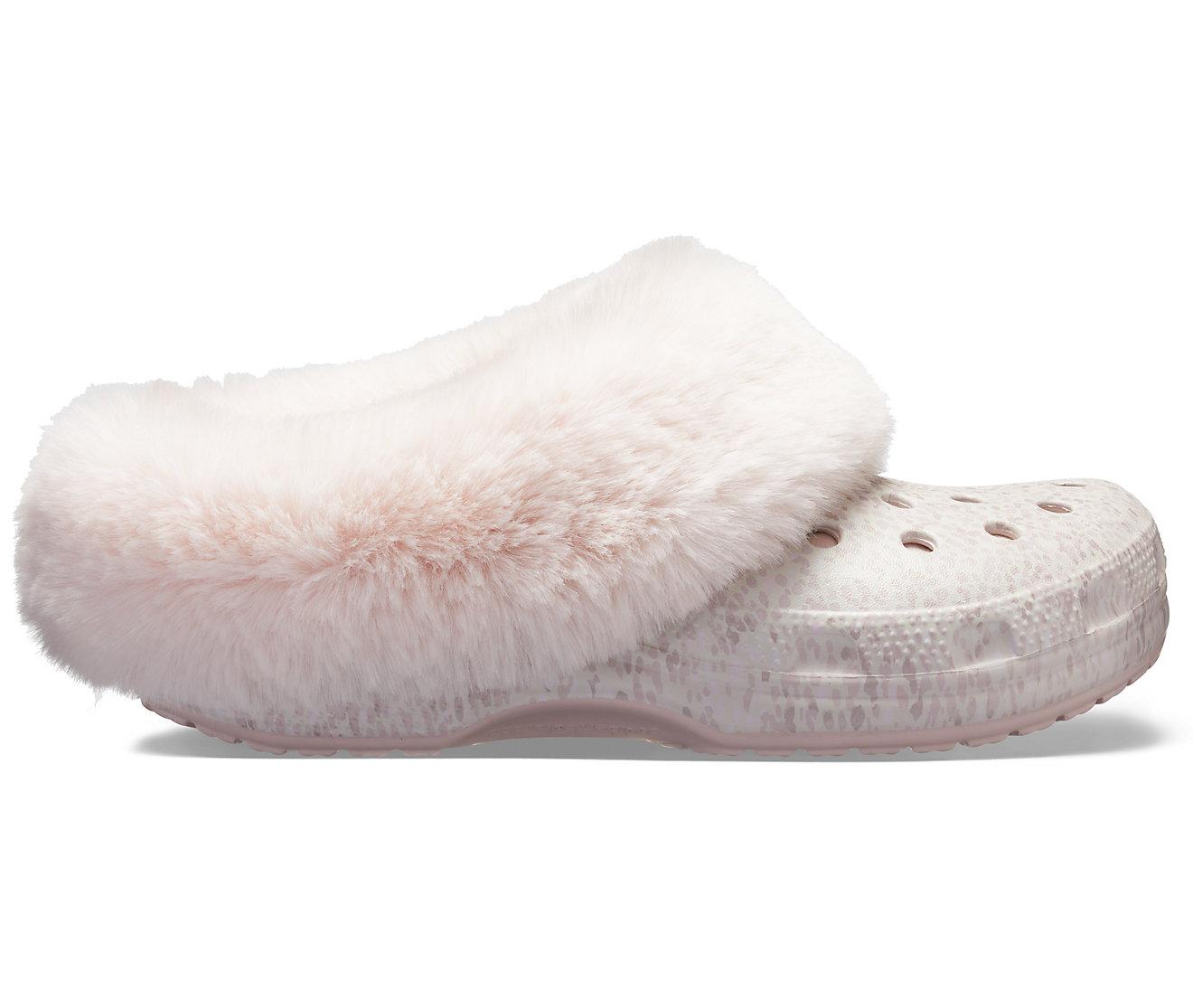 Crocs púder papucs Mammoth Luxe Radiant Clog Rose Dust - Glami.hu 337a0444d7