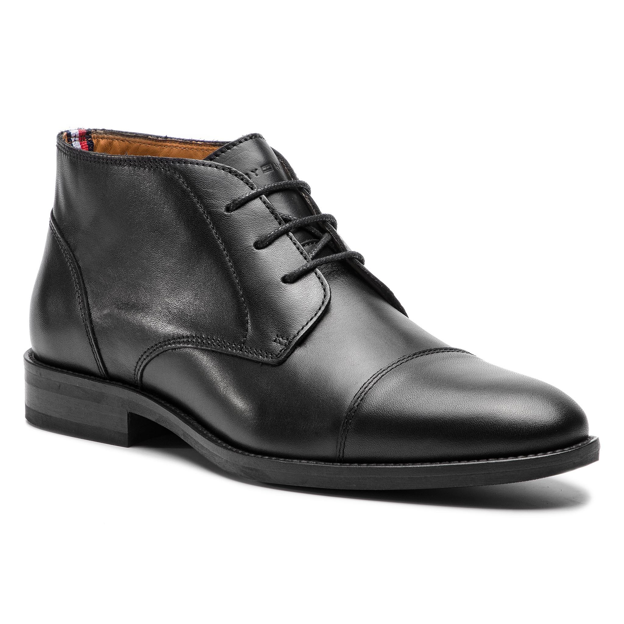 0a4e8cc319 ... TOMMY HILFIGER - Essential Leather Toecap Boot FM0FM02138 Black 990.  -20%. Bokacipő ...