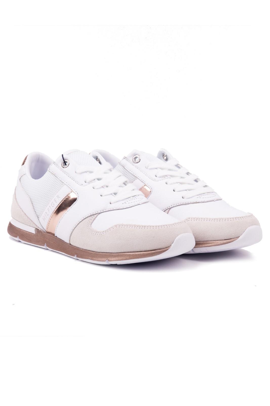 Tommy Hilfiger biele kožené tenisky Iridescent Light Sneaker. Tommy  Hilfiger biele kožené tenisky Iridescent Light Sneaker 4a19010a4e9