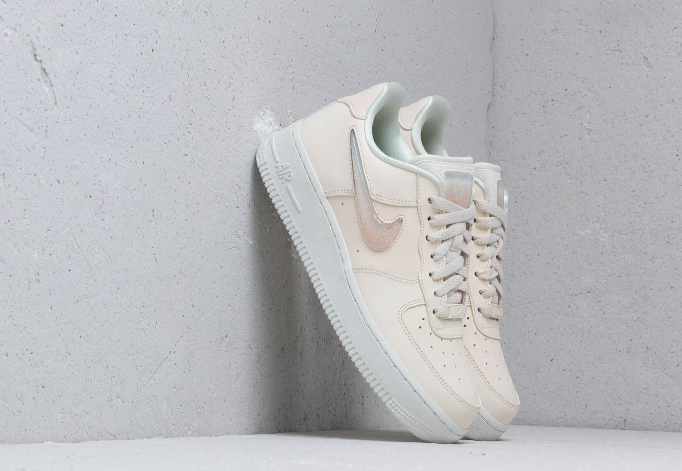 619ebc77642 Nike W Air Force 1  07 Se Prm Pale Ivory  Summit White-Guava Ice ...