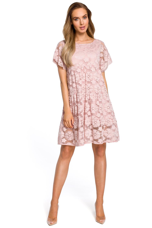 954fc31c64da Púdrovoružové elegantné čipkované šaty v Alinii s rukávom MOE430 ...