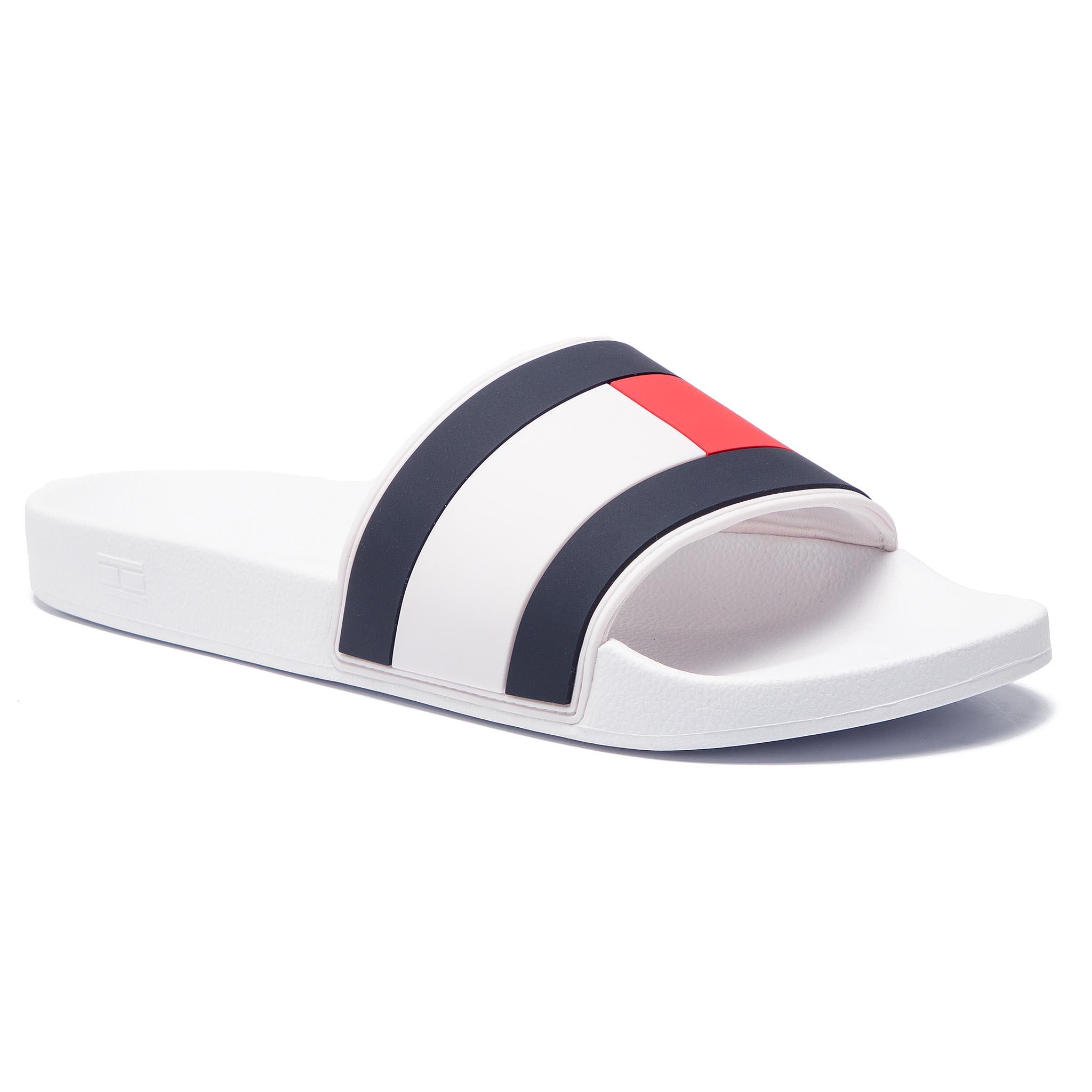 7de79ade18 Šľapky TOMMY HILFIGER - Essential Flag Pool Slide FM0FM02327 White ...