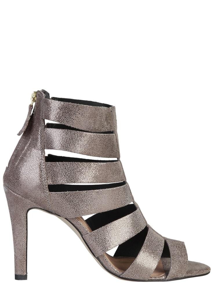 ccca0cd9cc578 Pierre Cardin Dámske kožené sandále páskové strieborné - Glami.sk