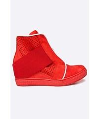443e3b8e8b7 Červené kožené dámské boty se slevou 20 % a více - Glami.cz