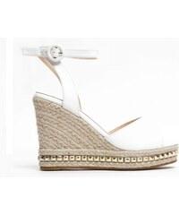 bda6cda4da5a Dámské bílé sandály na klínku Carlita 2084