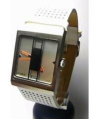 5fa0c57af90 Dámské hranaté bílé extravagantní ocelové hodinky Foibos 2300 s bílým páskem