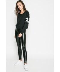 Fekete Női ruházat és cipők Answear.hu üzletből - Glami.hu 3de4a5dd3b