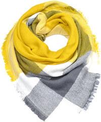 0ef18714755 Zimní šála v moderní barevné kombinaci