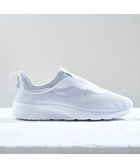 44ac01cdf05 Jarní lifestyle dámské tenisky Nike Tanjun - Glami.cz
