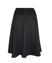 Radka Kudrnová Černá půlkolová sukně pod kolena - midisukně 8cf1afa4ea