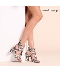 Mel Ivy Sandales avec rivets carrés