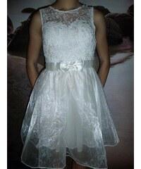 NoName - 01 Společenské plesové šaty koktejlky s krajkou bílé 452e0af9d5