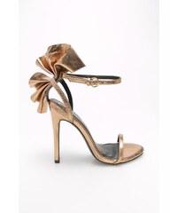 Zlaté dámské sandály  48479b2288